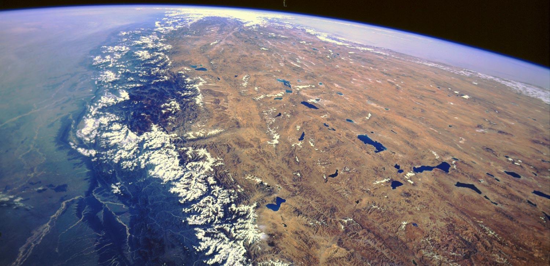 Himalayas mountains mount everest asia maps himalayas mountains gumiabroncs Image collections